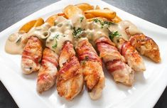 Husband constantly asks for juicy chicken fingers, white- The husband constantly asks for juicy fingers from chicken, bacon and cheese: I share the recipe - Ways To Cook Chicken, Chicken Recipes, Sauce Gorgonzola, Pollo Chicken, Chicken Bacon, Cream Cheese Chicken, Pesto Recipe, I Foods, Italian Recipes