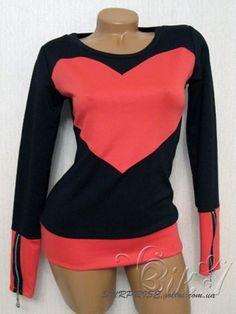 Черная женская кофта с сердцем ТМ