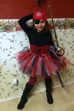 GIRL PIRATE - Pirate TuTu · Tutu CostumesCostume IdeasHalloween ...  sc 1 st  Pinterest & Easy diy pirate costumes...less than $10 dollars for each person ...