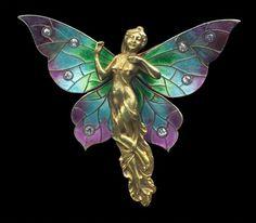 Fairy pendant, gold 14K, silver, enamel and diamonds ca. 1905