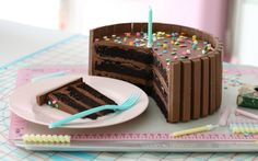 DARK CHOCOLATE CONFETTI KIT KAT CAKE | Passion 4 baking :::GET INSPIRED:::
