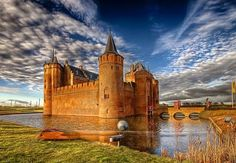 The 8 most impressive castles in the Netherlands - Netherlands Tourism