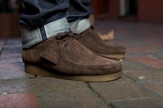 NOW AVAILABLE: CLARKS ORIGINALS EBONY SUEDE WALLABEE | Up There Store
