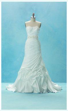 Disney Bridal - Rapunzel, Collection 2, Style 214