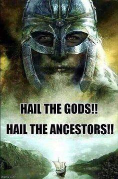 Community about Norse Mythology, Asatrú and Vikings. Rune Viking, Valhalla Viking, Viking Life, Viking Ship, Viking Warrior, Viking Art, Ragnar Lothbrok, Lagertha, Tattoos