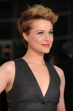 short hair...wish I could pull this off!