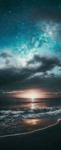 Nothing is as beautiful as God's own hand and reminds us of His love - Hintergrund - Natur Beautiful Sky, Beautiful Landscapes, Beautiful World, Beautiful Places, Night Skies, Sky Night, Beach Night, Ocean Night, Starry Night Sky