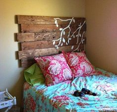 How to make your own DIY pallet headboardHow do I create a pallet headboard?DIY Tutorial: DIY Headboard / DIY Pallet Headboard - Bead & Cord I think . Diy Headboards, Headboard Ideas, Wood Headboard, Reclaimed Headboard, Distressed Headboard, Girls Headboard, Window Headboard, Bohemian Headboard, Floating Headboard