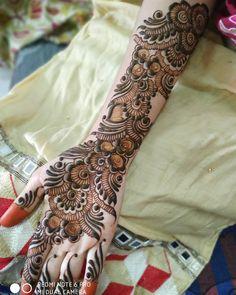 Image may contain: people Khafif Mehndi Design, Rose Mehndi Designs, Basic Mehndi Designs, Latest Bridal Mehndi Designs, Henna Art Designs, Mehndi Designs 2018, Stylish Mehndi Designs, Mehndi Designs For Beginners, Mehndi Designs For Girls
