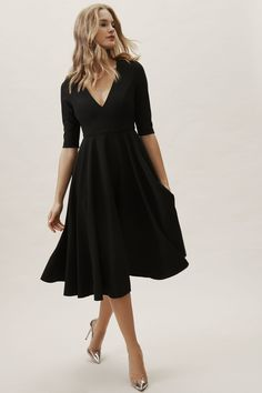 With three-quarter sleeves and a full tea-length skirt, this stunner gives us major mid-century vibes; the plunging neckline is a sexy, modern accent. And it has pockets!Only available at BHLDN Estilo Lady Like, Black Women Fashion, Womens Fashion, Fashion Vest, Fashion Top, Fashion Dresses, Fashion Trends, Cocktail Bridesmaid Dresses, Wedding Dresses