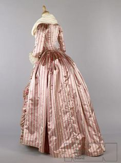 Robe a l'anglaise ca. 1780's colour : stone / pink. design : striped silk satin stone pink openrobe, lined with silk gauze.