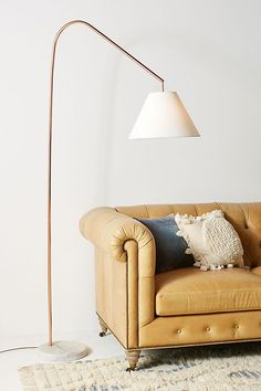 The modern floor lamps to get inspired by are here. The astounding arc floor lamp lighting designs that are capable of giving life to any home interior decor, try them in your living room layout! Retro Floor Lamps, Arc Floor Lamps, Modern Floor Lamps, Copper And Marble, Farmhouse Lamps, Traditional Floor Lamps, Arc Lamp, Best Flooring, Unique Lamps
