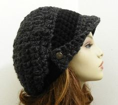 I think this is pretty cute. Crochet Cross, Knit Crochet, Crochet Hats, Fancy Hats, Cute Hats, Crochet Beanie Hat, Knitted Hats, Diy Scarf, News Boy Hat
