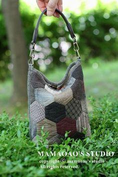 Yoko Saito, Diy And Crafts, Sewing, Bags, Fabrics, Craft Ideas, Fabric Purses, Dots, Couture Sac