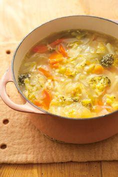 ただ食べるだけでやせる魔法のダイエットメニュー⁉ 手軽に作れてやせ効果抜群の「脂肪燃焼スープ」とは… Diet Menu, Food Menu, Low Carb Soup Recipes, Cooking Recipes, Healthy Diet Tips, Healthy Recipes, Asian Recipes, New Recipes, Muscle Food