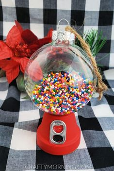 30 Easy Christmas Classroom Treats for Christmas Classroom Parties - Hike n Dip Looking for easy Christmas Classroom Treats? Well, here is a round up of healthy and easy Christmas Classroom Treats that can be made in no time. Christmas Ornament Crafts, Christmas Crafts For Kids, Christmas Balls, Simple Christmas, Holiday Crafts, Christmas Gifts, Christmas Classroom Treats, Diy Gumball Machine, Clear Ornaments