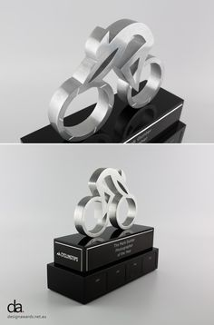 The Mark Gunter Photographer of the Year Perpetual Trophy | Design Awards | Modern Trophy Design