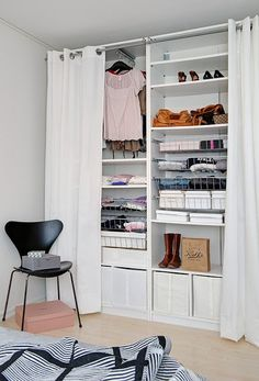 Creating an open closet does not require a lot of space, even you can store all your clothes in one room. See if you are able to create an open closet design