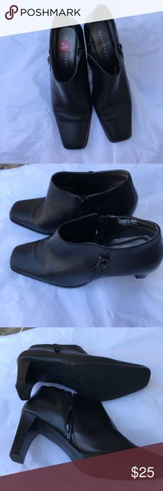 Black Booties Beautiful Black Leather Booties size 9. In excellent Condition. Shoes Ankle Boots & Booties