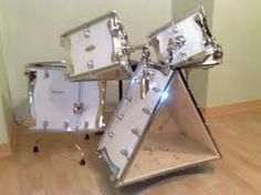 I wonder. Does the shape change the sound? Diy Drums, Drums Art, Music Items, Music Stuff, Acoustic Drum, Tube Vintage, Pearl Drums, Drummer Gifts, Band Nerd