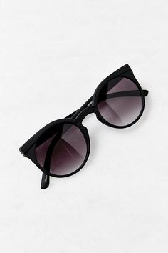 I would really like some new sunglasses ( preferably black) (preferably big). my face doesn't really suit circle sunnies, so something that is sorta more square shape with rounded bottom ... ( these ones are really nice) ( doesn't have to be from that brand)