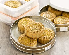 Traditional Baked Mooncakes filled with sesame seed or red bean paste and salted egg yolk. A must-have for the Mooncake/Mid-Autumn Festival. |