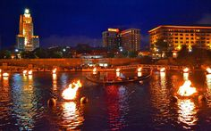 WaterFire with Gondola. Photo by John Simonetti