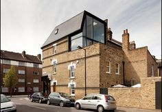 Camberwell Residential - London, Vereinigtes Königreich - 2013 - Twist In Architecture Architecture Design, Architecture Renovation, Classic Architecture, Residential Architecture, Building Extension, Roof Extension, Extension Veranda, Mansard Roof, British Home