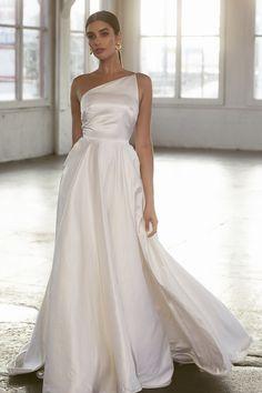 Wedding Attire, Wedding Gowns, Bridal Dresses, Prom Dresses, Wedding Bells, One Shoulder Wedding Dress, Marie, Ball Gowns, Dream Wedding