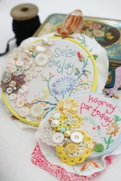 Embroidered hoops by Marna Lunt - (in Mollie Makes Magazine)