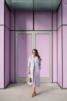 chic spring outfit idea for women, casual chic spring outfit for young women wanting to rock the latest fashion trends: lilac coat