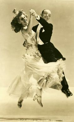 Fred Astaire and Rita Hayworth - 1942 - Publicity shot for You Were Never Lovelier - @~ Mlle