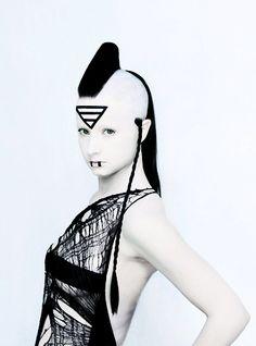 ripperdoc:  Black and white cyberpunk fashion - usoshigo.