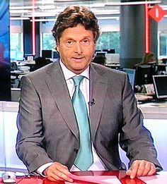 Gerard Arninkhof (March 15, 1949) Dutch presenter and journalist known from the Dutch Nos Journaal.