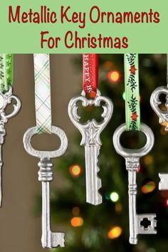 Make easy metallic key Christmas ornaments using supplies from the craft store – they cost just $1 to make and a little spray paint!