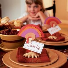 Simple Thanksgiving Table Decorations | Spoonful Turkey table decorations , kids friendly thanksgiving decorations