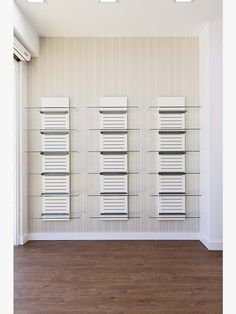 Store Counter, Pharmacy Design, Counter Design, Decoration, Divider, Room Ideas, Workshop, Room Decor, Marketing
