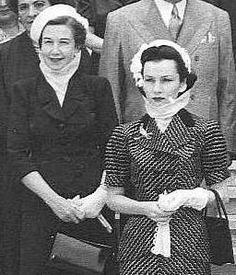Princess Fawzia of Egypt   on the right #royals