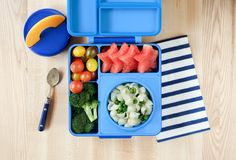 The OmieBox Bento Lunch Box teaches healthy eating in fun colors that are perfect for kids and adults alike to enjoy. Keep Food Warm, Bento Box Lunch, Lunch Boxes, Food Jar, Macaroni Cheese, Cold Meals, School Lunch, Food Grade, Snacks