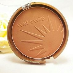 The Best Bronzer Products To Fit Your Budget (Plus Tips For Choosing) - crazyforus Bronzer Makeup, Best Bronzer, Contour Makeup, Contouring, Mackup Tutorial, Wet N Wild Cosmetics, Makeup 101, Makeup Products, Perfect Makeup