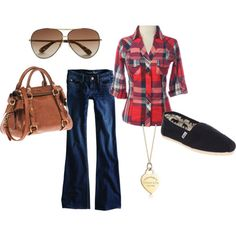 I'm kind of obsessed with plaid shirts....and of course no outfit is complete without a Tiffany and co necklace, I wish!