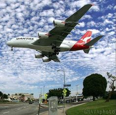 shoots this Qantas arriving from down under. Qantas A380, Airbus A380, Qantas Airlines, Airline Cabin Crew, Drones, Airplane Photography, Commercial Aircraft, Civil Aviation, Aircraft Pictures