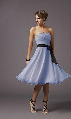 I want this dress same shoes but flat or small heal