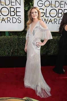 Drew Barrymore in Monique Lhullier and Harry Winston jewelry at the 2017 Golden Globe Awards.