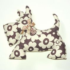 Scottish Terrier Floral Cushion