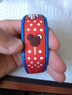 Has anyone decorated their Magic Bands? Please show us the pictures! - Page 168 - The DIS Discussion Forums - DISboards.com