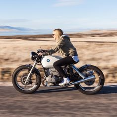 Just incase you didn't know what a babe on a cafe looks like. @jessica_haggett on 1978 BMW R100 custom bobber-cafe by nostalgia_memoir http://ift.tt/1zp83Ev