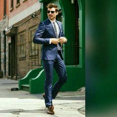 f72205806 Alquiler De Ternos A1 Exclusivos en corte y diseño europeo Entallados  Sofisticados y elegantes look Slim