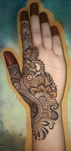 Inspired from #hennabydivya# Peacock Mehndi Designs, Khafif Mehndi Design, Beginner Henna Designs, Full Hand Mehndi Designs, Mehndi Designs 2018, Mehndi Designs For Girls, Dulhan Mehndi Designs, Mehndi Design Pictures, Wedding Mehndi Designs