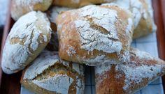 Sveriges största baktidning! Bread Bun, No Bake Desserts, Bread Baking, Food Inspiration, Baked Goods, Bread Recipes, Brunch, Food And Drink, Vegan